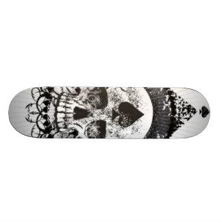 Cráneo del Skateboarding negro de la corona de las Patines