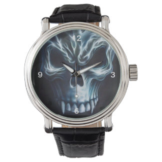 Cráneo del vampiro relojes de pulsera