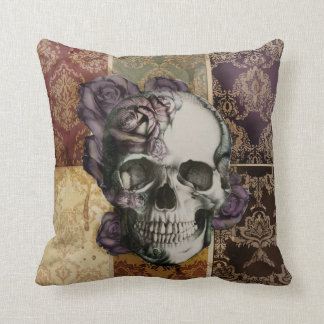 Cráneo del Victorian y almohada de los rosas