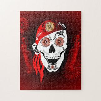 Cráneo divertido del suger con el pañuelo rojo rompecabeza con fotos