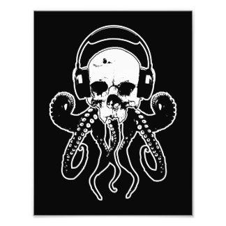 Cráneo DJ del pulpo con arte gótico de los auricul Fotografías