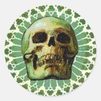 Cráneo en diseño pegatina redonda