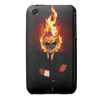 Cráneo en el fuego iPhone 3 carcasas