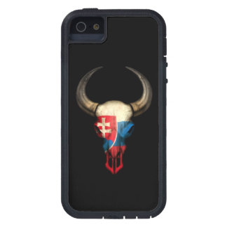 Cráneo eslovaco de Bull de la bandera en negro iPhone 5 Coberturas
