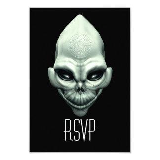 Cráneo extraterrestre extranjero marciano del invitaciones personalizada