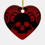 Cráneo fanged lindo del vampiro rojo oscuro ornaments para arbol de navidad
