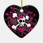 Cráneo femenino y ornamento de la bandera pirata ornamento de reyes magos
