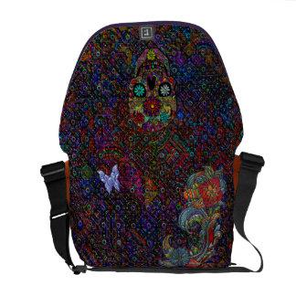 Cráneo floral de la mariposa geométrica abstracta  bolsas de mensajería