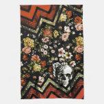 Cráneo floral rojo del galón toallas de cocina