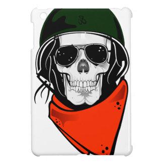 cráneo fresco con las gafas de sol y el casco iPad mini protectores