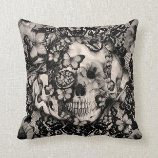 Cráneo gótico del cordón del Victorian Cojín