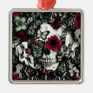 Cráneo gótico del cordón del Victorian con acentos Adorno Navideño Cuadrado De Metal
