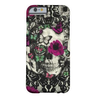 Cráneo gótico del cordón del Victorian con acentos Funda Barely There iPhone 6
