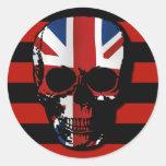 cráneo gótico del estilo del vintage con el Union Pegatina Redonda