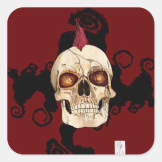 Cráneo gótico del punk rock con el Mohawk rojo Pegatina Cuadrada