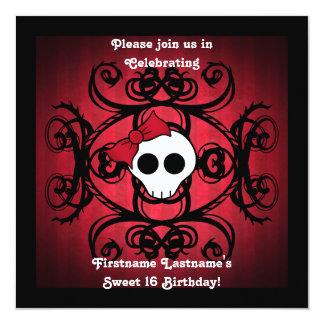 """Cráneo gótico lindo en el dulce 16 de la casilla invitación 5.25"""" x 5.25"""""""