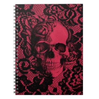 Cráneo gótico rojo y negro del cordón libreta espiral