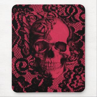 Cráneo gótico rojo y negro del cordón tapete de ratón