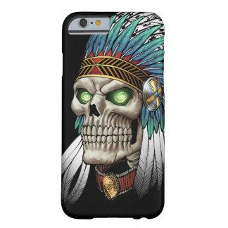 Cráneo gótico tribal indio del nativo americano funda de iPhone 6 barely there