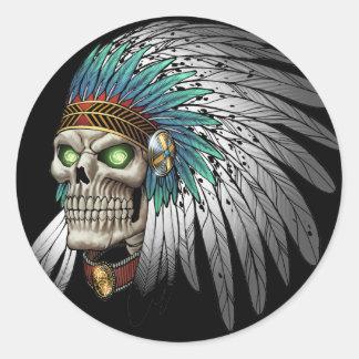Cráneo gótico tribal indio del nativo americano pegatina redonda