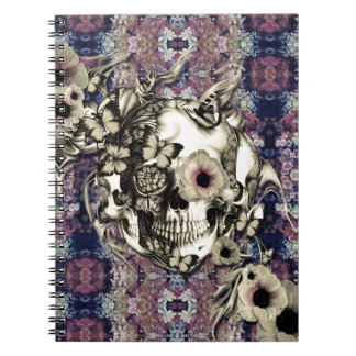 Cráneo hecho de amapolas y de mariposas cuaderno