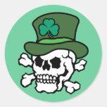 Cráneo irlandés etiquetas redondas