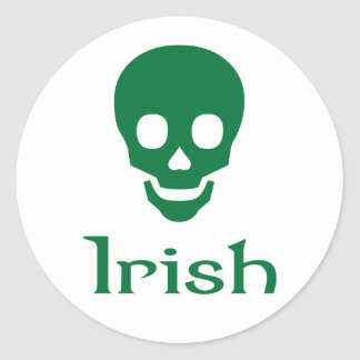 Cráneo irlandés pegatina redonda