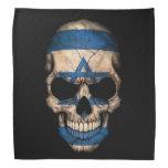 Cráneo israelí de la bandera en negro