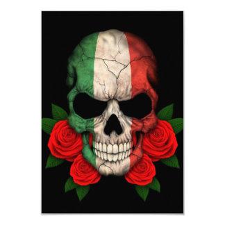 """Cráneo italiano de la bandera con los rosas rojos invitación 3.5"""" x 5"""""""