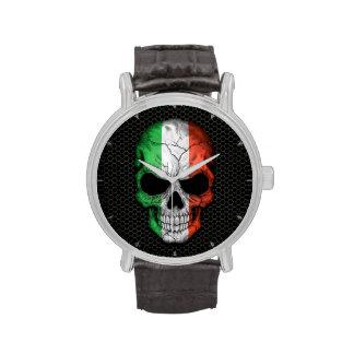 Cráneo italiano de la bandera en el gráfico de ace reloj