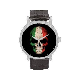 Cráneo italiano de la bandera en negro reloj