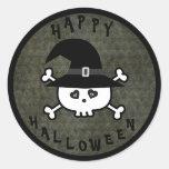 Cráneo lindo de Halloween con el gorra de las Pegatina Redonda