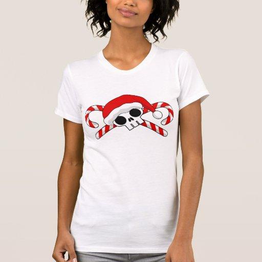 Cráneo lindo de Santa con los bastones de caramelo Camisetas