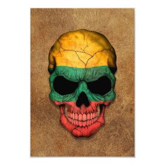 Cráneo lituano envejecido y llevado de la bandera invitación 8,9 x 12,7 cm