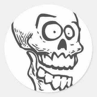 Cráneo loco pegatina redonda