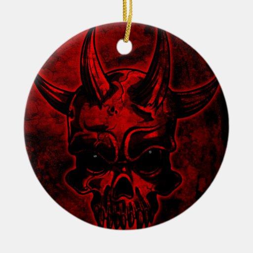 Cráneo malvado ornamentos de reyes