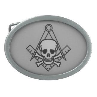 Cráneo masónico y bandera pirata hebilla cinturon oval
