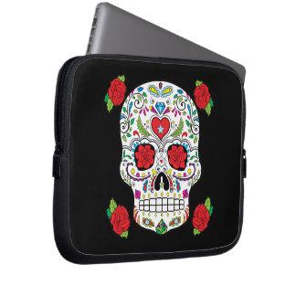 Cráneo mexicano del azúcar del tatuaje y rosas funda ordendadores