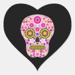 Cráneo mexicano rosado del azúcar colcomanias de corazon