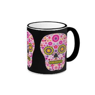 Cráneo mexicano rosado del azúcar taza