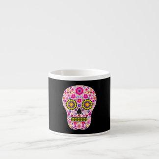 Cráneo mexicano rosado del azúcar taza espresso