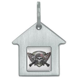 Cráneo militar con la guerra cruzada del Special Placas Mascota