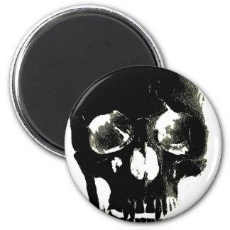 Cráneo negro - imagen negativa imán redondo 5 cm