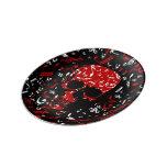 Cráneo negro rojo de las notas musicales platos de cerámica