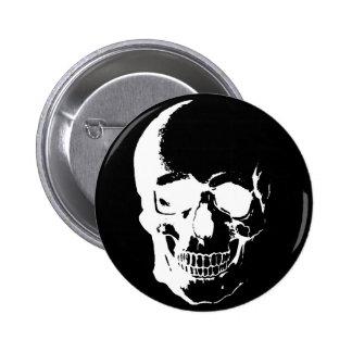Cráneo negro y blanco pin