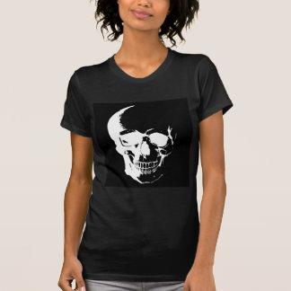 Cráneo negro y blanco camiseta