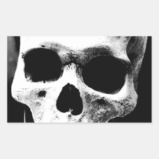 Cráneo negro y blanco rectangular pegatina