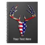 Cráneo patriótico de la caza de los ciervos libro de apuntes con espiral