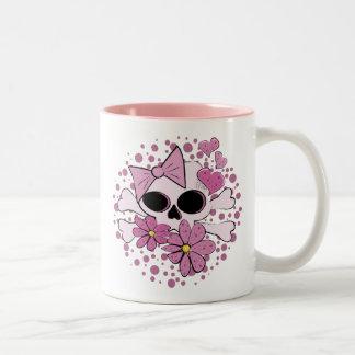 Cráneo punky femenino taza de café de dos colores
