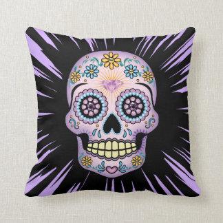 Cráneo púrpura del azúcar cojín decorativo